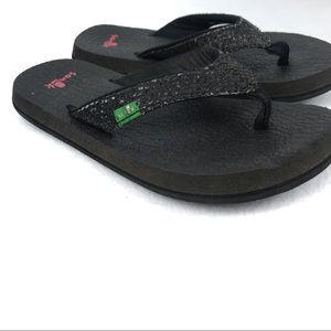 🐋 Sanuk | Girls Yoga Mat Flip-Flops Size K11-12